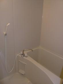 新大阪第2ダイヤモンドマンション905 浴室