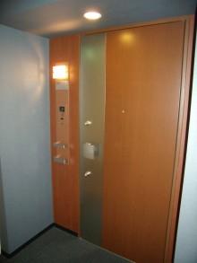 ローレルスクエア大阪ベイタワー1206 玄関